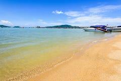 Λιμενική περιοχή παραλιών στον κόλπο AO Chalong σε Phuket, Ταϊλάνδη Στοκ Εικόνες