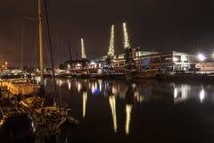 Λιμενικοί γερανοί τή νύχτα Β του Μπρίστολ Στοκ Εικόνες