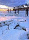 Λιμενοβραχίονας κατά τη διάρκεια του χειμώνα Στοκ Εικόνες