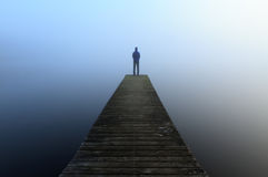 Λιμενοβραχίονας στην ομίχλη Στοκ Εικόνες