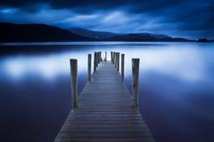 Λιμενοβραχίονας Ashness, νερό Derwent, περιοχή λιμνών Στοκ Εικόνα