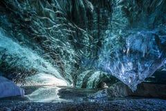 Λιμνοθάλασσα παγετώνων Jokurlson σπηλιών πάγου της Ισλανδίας Στοκ εικόνες με δικαίωμα ελεύθερης χρήσης