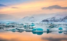 Λιμνοθάλασσα Jokulsarlon Στοκ εικόνα με δικαίωμα ελεύθερης χρήσης