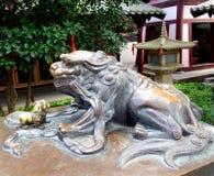 Λιοντάρια χαλκού στοκ εικόνα