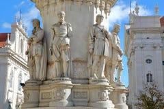 ΛΙΣΣΑΒΩΝΑ, ΠΟΡΤΟΓΑΛΙΑ - 4 ΝΟΕΜΒΡΊΟΥ 2017: Κινηματογράφηση σε πρώτο πλάνο στο άγαλμα ποιητών του Luis de Camoes στην πλατεία Camoe Στοκ Εικόνα