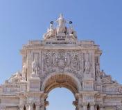 Λισσαβώνα, Πορτογαλία - 14 Μαΐου: Η αψίδα Rua Αουγκούστα στη Λισσαβώνα στις 14 Μαΐου 2014 Εδώ είναι τα γλυπτά φιαγμένα από Celest Στοκ φωτογραφίες με δικαίωμα ελεύθερης χρήσης