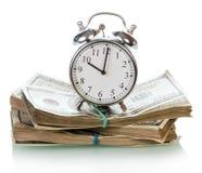 Λογαριασμοί χρημάτων δολαρίων με το ρολόι Στοκ Εικόνες