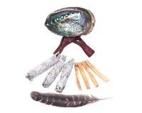 Λογικό smudge ραβδί, κοχύλι φυτωρίου ουράνιων τόξων και λεκιάζοντας ραβδιά santo palo Στοκ φωτογραφία με δικαίωμα ελεύθερης χρήσης
