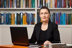 Λογιστής συμβούλων φορολογικών οικονομικός συμβούλων Στοκ φωτογραφία με δικαίωμα ελεύθερης χρήσης