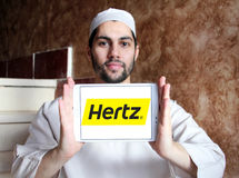 Λογότυπο ενοικίου αυτοκινήτων της Hertz Στοκ Φωτογραφίες