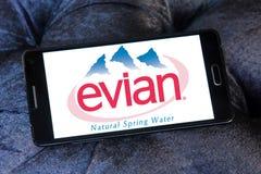 Λογότυπο επιχείρησης μεταλλικού νερού Evian Στοκ Φωτογραφία