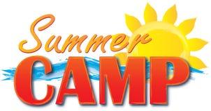 Λογότυπο καλοκαιρινό εκπαιδευτικό κάμπινγκ με τον ήλιο και τα κύματα διανυσματική απεικόνιση