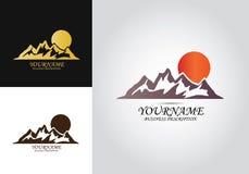 Λογότυπο σχεδίου ήλιων βουνών ελεύθερη απεικόνιση δικαιώματος