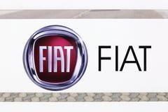 Λογότυπο της Φίατ σε μια επιτροπή Στοκ Φωτογραφίες