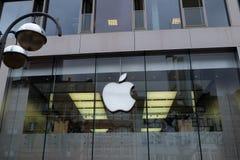 Λογότυπο της Apple Store στη Φρανκφούρτη στοκ φωτογραφίες με δικαίωμα ελεύθερης χρήσης