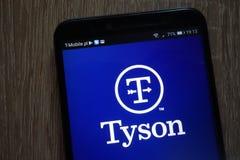 Λογότυπο τροφίμων του Tyson που επιδεικνύεται σε ένα σύγχρονο smartphone στοκ εικόνα