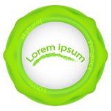 Λογότυπο 100 φυσικό προϊόν, πράσινο σημείο, πράσινο στρογγυλό λογότυπο με τις πτώσεις και τις ραβδώσεις Στοκ εικόνα με δικαίωμα ελεύθερης χρήσης