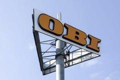 Λογότυπο OBI σε έναν πόλο Στοκ εικόνες με δικαίωμα ελεύθερης χρήσης