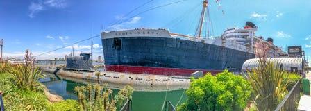 ΛΟΝΓΚ ΜΠΙΤΣ, ΑΣΒΈΣΤΙΟ - 1 ΑΥΓΟΎΣΤΟΥ 2017: Οι τουρίστες επισκέπτονται το σκάφος βασίλισσας Mary Στοκ Εικόνα