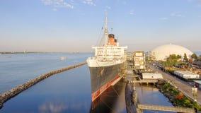 ΛΟΝΓΚ ΜΠΙΤΣ, ΑΣΒΈΣΤΙΟ - 1 ΑΥΓΟΎΣΤΟΥ 2017: Το RMS βασίλισσα Mary είναι το ωκεάνιο lin Στοκ φωτογραφία με δικαίωμα ελεύθερης χρήσης