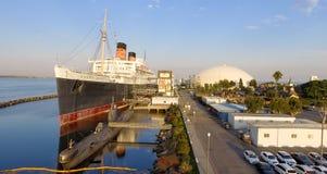 ΛΟΝΓΚ ΜΠΙΤΣ, ΑΣΒΈΣΤΙΟ - 1 ΑΥΓΟΎΣΤΟΥ 2017: Το RMS βασίλισσα Mary είναι το ωκεάνιο lin Στοκ εικόνα με δικαίωμα ελεύθερης χρήσης