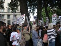 Λονδίνο UK - 5 Ιουνίου 2018: Οι άνθρωποι στην ελεύθερη Παλαιστίνη †«σταματούν Στοκ εικόνα με δικαίωμα ελεύθερης χρήσης