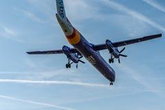 Λονδίνο, UK - 17, το Φεβρουάριο του 2019: Το Flybe μια βρετανική περιφερειακή αερογραμμή βάσισε στην Αγγλία, αεροσκάφη δακτυλογρα στοκ φωτογραφία