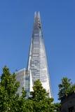 ΛΟΝΔΙΝΟ - 10 ΙΟΥΝΊΟΥ: Άποψη του Shard στο Λονδίνο στο Λονδίνο τον Ιούνιο Στοκ φωτογραφίες με δικαίωμα ελεύθερης χρήσης