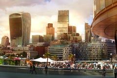ΛΟΝΔΙΝΟ, πόλη της άποψης του Λονδίνου, σύγχρονα κτήρια των γραφείων, τράπεζες και σωματειακές επιχειρήσεις Στοκ εικόνα με δικαίωμα ελεύθερης χρήσης