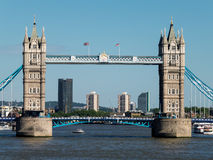 ΛΟΝΔΙΝΟ, UK - 14 ΙΟΥΝΊΟΥ: Άποψη της γέφυρας πύργων στο Λονδίνο την 1η Ιουνίου Στοκ Εικόνες