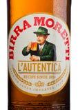 ΛΟΝΔΙΝΟ, UK - 15 ΜΑΐΟΥ 2017: Ετικέτα μπουκαλιών της μπύρας Birra Moretti επάνω Στοκ εικόνα με δικαίωμα ελεύθερης χρήσης