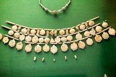 ΛΟΝΔΙΝΟ, UK, στις 30 Ιουλίου: ΒΡΕΤΑΝΙΚΟ ΜΟΥΣΕΙΟ Ελληνικά κοσμήματα από την ηλικία χαλκού Grrek Στοκ φωτογραφίες με δικαίωμα ελεύθερης χρήσης