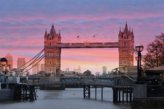 Λονδίνο - η γέφυρα πύργων Στοκ εικόνες με δικαίωμα ελεύθερης χρήσης