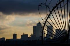 Λονδίνο πίσω από τα κάγκελα Στοκ φωτογραφία με δικαίωμα ελεύθερης χρήσης