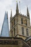 Λονδίνο το shard - σύγχρονο και ιστορικό Στοκ εικόνα με δικαίωμα ελεύθερης χρήσης