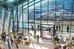 ΛΟΝΔΙΝΟ, UK - 22 ΑΠΡΙΛΊΟΥ 2015: Πόλη της άποψης του Λονδίνου Πανοραμική άποψη από το πάτωμα 32 του ουρανοξύστη του Λονδίνου Στοκ Εικόνες