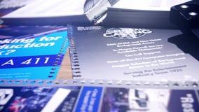 ΛΟΣ ΑΝΤΖΕΛΕΣ, ΗΝΩΜΕΝΩΝ ΠΟΛΙΤΕΙΏΝ - 20 ΔΕΚΕΜΒΡΙΟΥ, 2016 Σχισμένες σελίδες από το βοηθητικό βιβλίο στούντιο Hollywood και την καθολ απόθεμα βίντεο