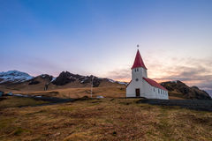 Λουθηρανική εκκλησία σε Vik Ισλανδία Στοκ εικόνες με δικαίωμα ελεύθερης χρήσης