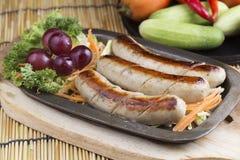 Λουκάνικο και λαχανικά σχαρών στοκ φωτογραφία με δικαίωμα ελεύθερης χρήσης