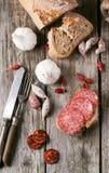 Λουκάνικο και ψωμί Στοκ Εικόνες