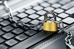 λουκέτο πληκτρολογίων & Ασφάλεια δικτύων, ασφάλεια δεδομένων και PC προστασίας αντιιών Στοκ Εικόνες