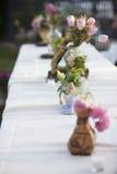 Λουλούδια γαμήλιων πινάκων Στοκ φωτογραφία με δικαίωμα ελεύθερης χρήσης