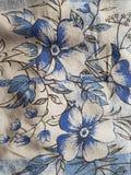 Λουλούδια στο duvet στοκ εικόνα με δικαίωμα ελεύθερης χρήσης