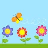 Λουλούδια και πεταλούδα Στοκ φωτογραφία με δικαίωμα ελεύθερης χρήσης