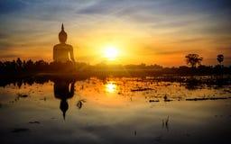 Λουρί ANG Muang Wat μεγαλύτερο στον κόσμο στοκ φωτογραφίες με δικαίωμα ελεύθερης χρήσης