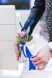 Λουλούδια σε ένα μικρό βάζο Στοκ Φωτογραφία