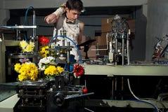 Λουλούδια στην παραγωγή των μηχανών στο factory8 Στοκ Φωτογραφίες