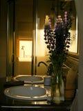 Λουλούδια στο λουτρό Στοκ Φωτογραφία