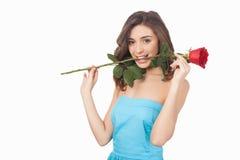 Λουλούδι στο στόμα της. στοκ εικόνες με δικαίωμα ελεύθερης χρήσης