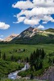 Λοφιοφόρο τοπίο βουνών του Κολοράντο λόφων Στοκ Εικόνες